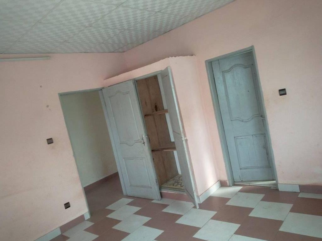 REF12534, Appartement à louer  Atrokpo-Codji