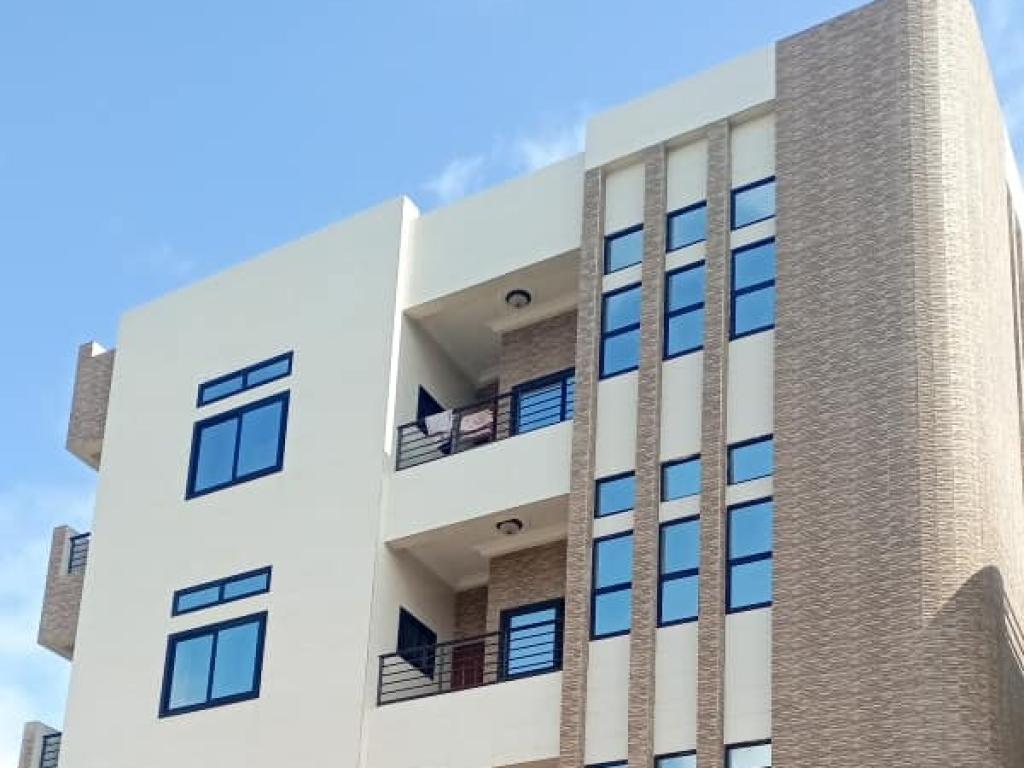 REF16444, Appartement vacance  Lom-Nava