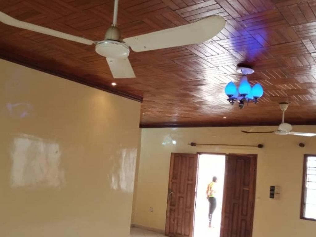 REF3757, Maison à louer Abomey-calavi