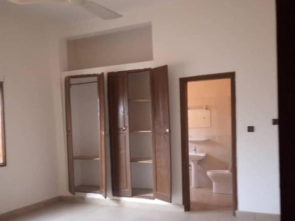 REF4129, Appartement à louer  Zopah
